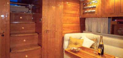 Gianetti 45 sport articulos de barcos a motor for Marmoles cerezo